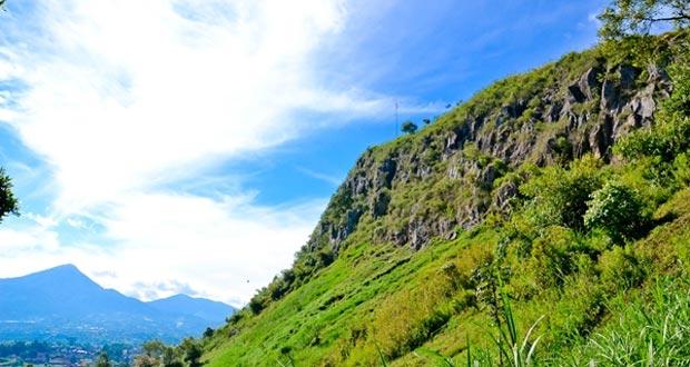 Di Gunung Batu,Seperti Berada di Atas Awan – JabarPos.Com